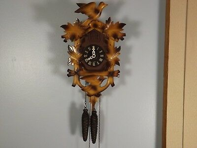 Black Forset Cuckoo Clock 2 birds with nest eggs and oak leaves Regula movement.