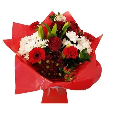 FRESH REAL FLOWERS  Delivered Christmas Selection Bouquet Free Flower Delivery