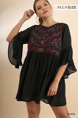 UMGEE Black Floral Embroidered Shift Dress Plus Size