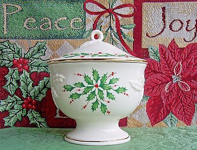 New in Box - LENOX Dimension Collection HOLIDAY Covered Candy Dish