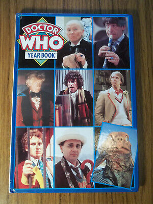 DR Doctor Who Marvel 1992 Yearbook Annual Brigadier Unit Jon Pertwee Jo Grant