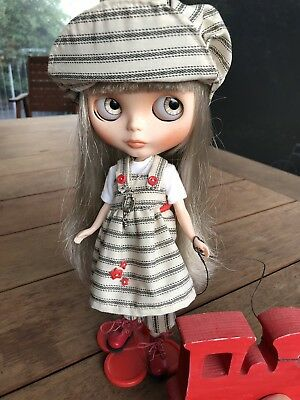 "Custom Blythe, OOAK, original base ""Kiss me True"", Tattoo Kitten Dolls Custom"