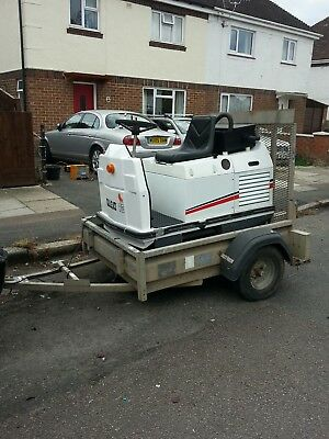 Dulevo 75 Ride On Battery Sweeper path warehouse yard leaves carpark inc trailer