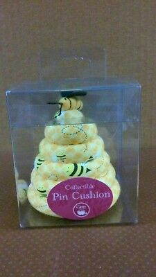 Dritz Collectible Bee Hive Pin Cushion-Cute As Can Bee