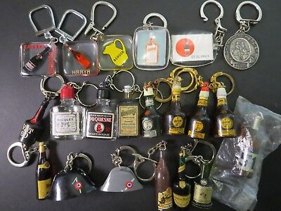 Lot of 21 vintage keychain French Liquor 1960's - RARE porte cle anciens