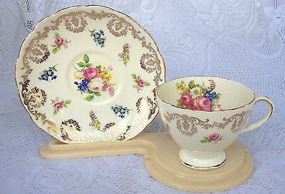 Foley Cream with Gold & Rose Bouquet Tea Cup & Saucer # 2226 (?)  (78)