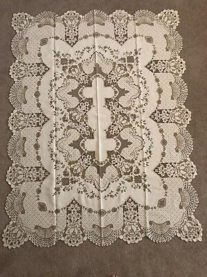 Vtg MADEIRA Linen Tablecloth Floral Embroidered Cutwork, Detailed BEAUTIFUL!