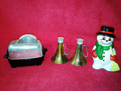 Lot of 3 Vintage Toaster Snowman Megaphone Brass Salt & Pepper Shakers.