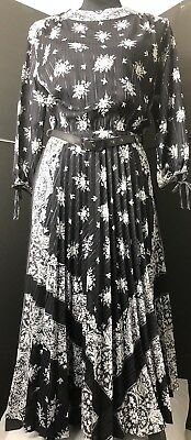 GIANNI VERSACE BLACK and White Dress~Vintage