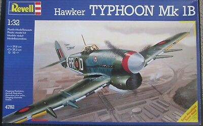 Hawker TYPHOON Mk 1B & Conversion to Bubble Canopy & Buch & Figuren 1:32 Revell