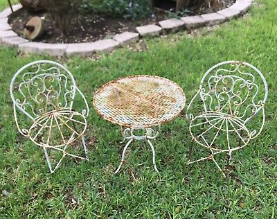 CHILD SIZE 50's BISTRO SCROLLED WROUGHT IRON ICE CREAM PARLOR VTG TABLE 2 CHAIRS