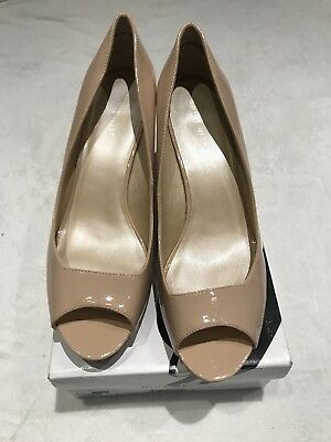 eae4f64f4445 Nude Coloured Nine West Peep Toe Court Shoe In Patent Leather US Size 10   UK8