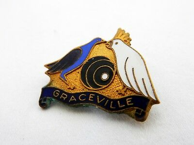 Vintage Retro Graceville Bowls Bowling Club Enamel Badge Pin Cockatoo Bird