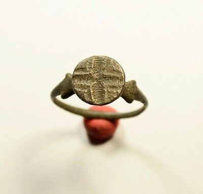 Great Byzantine Period Seal Ring With Cross - Rare Artifact