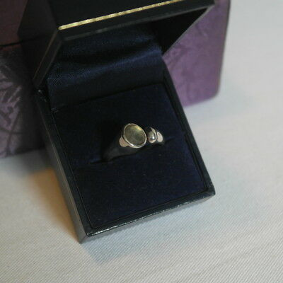 Sterling silver ring size O+, open style with unusual faceted moonstone