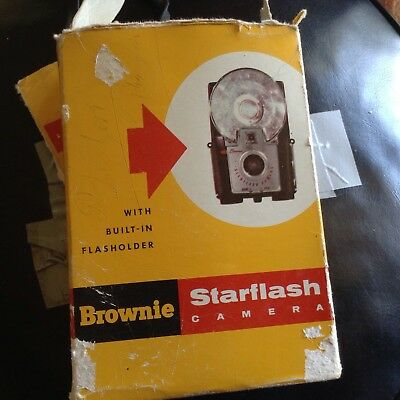 Collectable Old Camera Brownie Star flash As Found