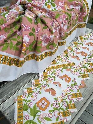 Large Vintage Floral Table Cloth & 12 Napkins. Never Used