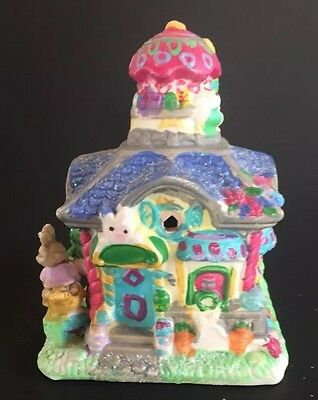 Jelly Bean Junction Miniature Easter Bunny House 2005