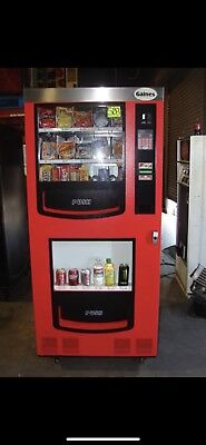 Gaines VM-750 Combo Vending Machine *LOCAL PICKUP ONLY*