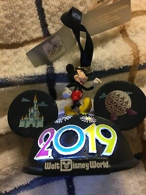 2019 Mickey & Friends Ear Hat Light Up Ornament 4 Theme Parks ~ NWT