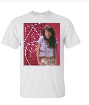 92eb9609 Saved By The Bell Kelly Kapowski Neon Light Photo Adult Graphic T-Shirt 2xL