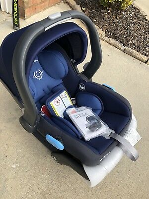 2018 UPPAbaby MESA Infant Car Seat With A Base Taylor Navy NEW