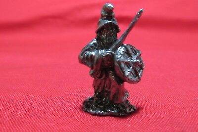 Two Pewter Fantasy Warrior Figurines 3//4 inch tall