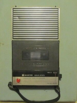 Vintage Splendido Registratore Sanyo Model M-1101 Cassette Tape Recorder