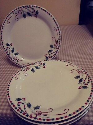 Home Essentials Holiday Christmas Holly Berries Tartan Ribbon 4~ Dinner Plates