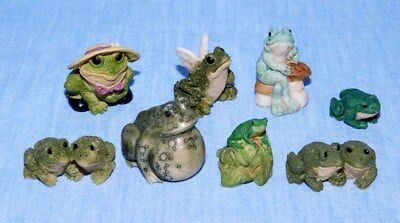 8 Small Frog Figurines