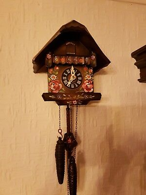 Lovely  Cuckoo Clock . Fully Working Order