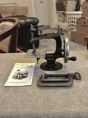 Rare 1914 Antique Vintage Singer 20 Toy Sewing Machine Small Child Xmas Gift