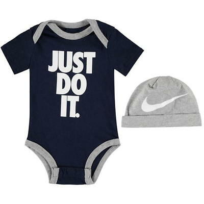 brand new Baby boys  Nike Baby Romper Suit with grey nike hat 3-6mths