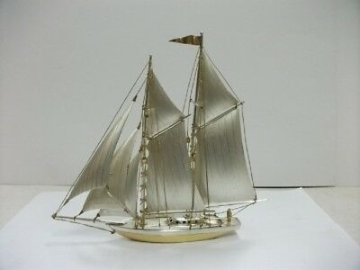 The sailboat of Silver of Japan. 2masts. #98g/ 3.45oz. Japanese antique