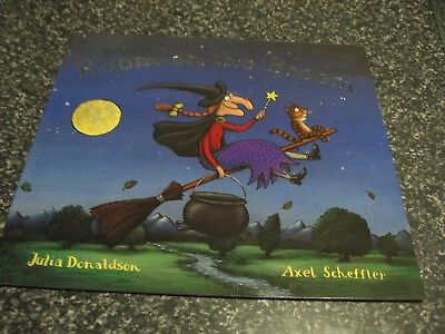 Room On The Broom By Julia Donaldson And Axel Scheffler Brand New Softcover