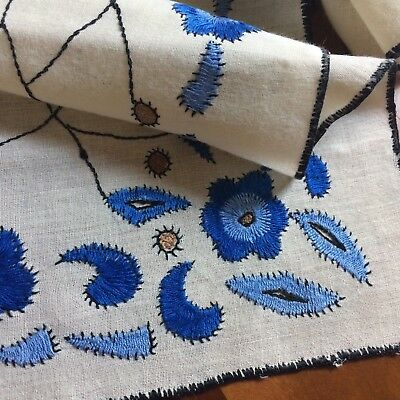 "Vtg table runner ivoy linen blue embroidered floral satin stitch 43x13.5"" DECO"