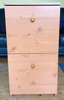 Two drawer suspension filing cabinet – Good condition