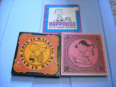 Charles M. Schulz Lot of 3 - Happiness is a warm puppy - Happiness is a sad song