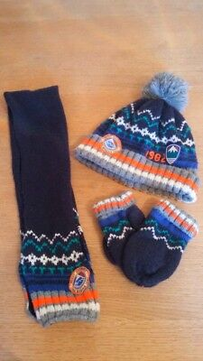Next boys hat and scarf and gloves 3-4 4-5 5-6 years