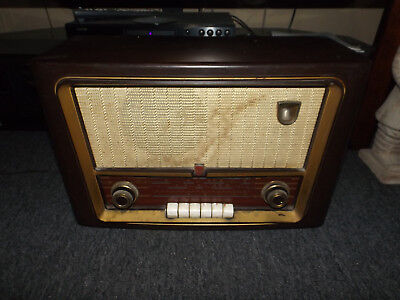 Norelco Tube Radio For parts or restoration WILL SHIP!!!