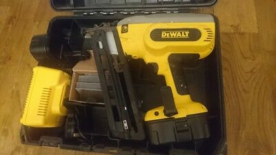 DEWALT DC618 Cordless Framing 2nd fix Nail Gun