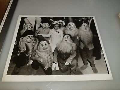 Vintage Movie Photograph Of Shirley Temple Lot #43 From Movie Star News Archives