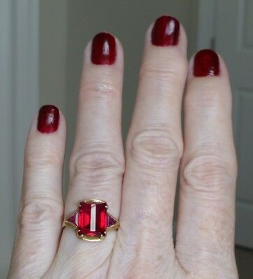 GORGEOUS Antique VICTORIAN 10K Solid Gold & Red Faceted Glass or Gemstone RING