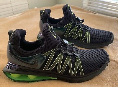 d4fd4fb3ffc1 Nike Shox Gravity R4 Size 9.5 Black Green  150 Running Walking Shoes  Exercise Us