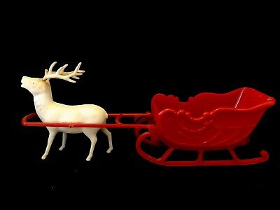 Vintage IRWIN Plastic Sleigh And Reindeer Red And White USA