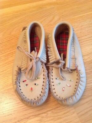Vintage Child's Soft Sole Moccasins Leather W Beads & Fringe