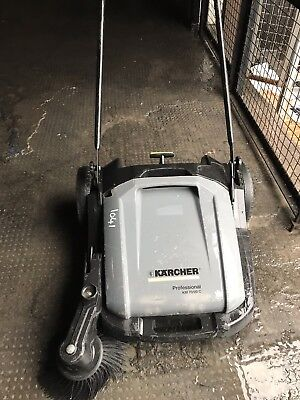 Karcher KM70/20 C Manual Push Sweeper