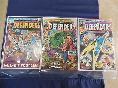 Marvel The Defenders Comic #4 10 and 28 Near Mint (#10 missing corner)