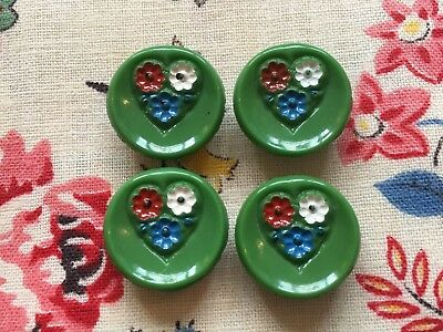 Four loose pretty vintage 40's 50's green glass buttons & painted flowers, 18mm