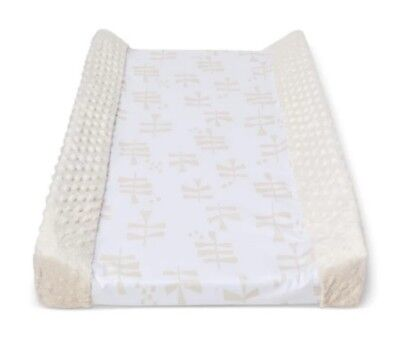 Cloud Island Wipeable Changing Pad Cover sprout white cream